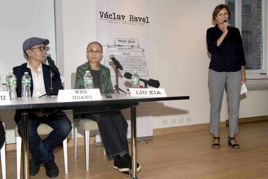panelová diskuze v New Yorku